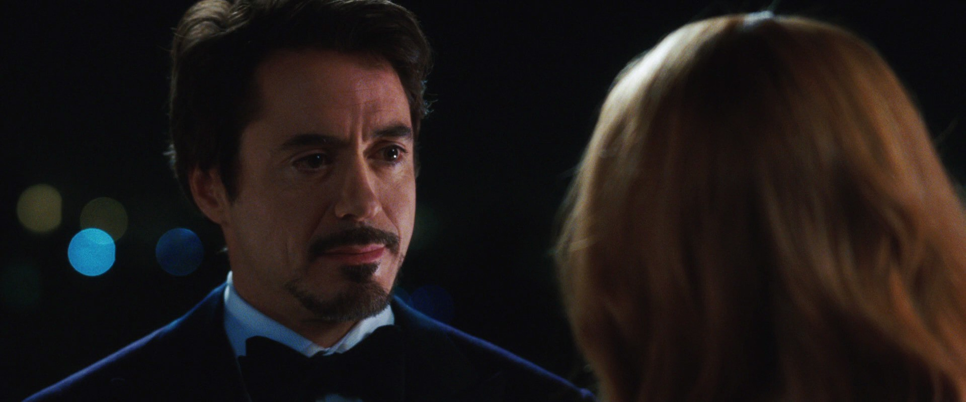 http://caps.pictures/200/8-iron-man1/full/iron-man1-movie-screencaps.com-8422.jpg