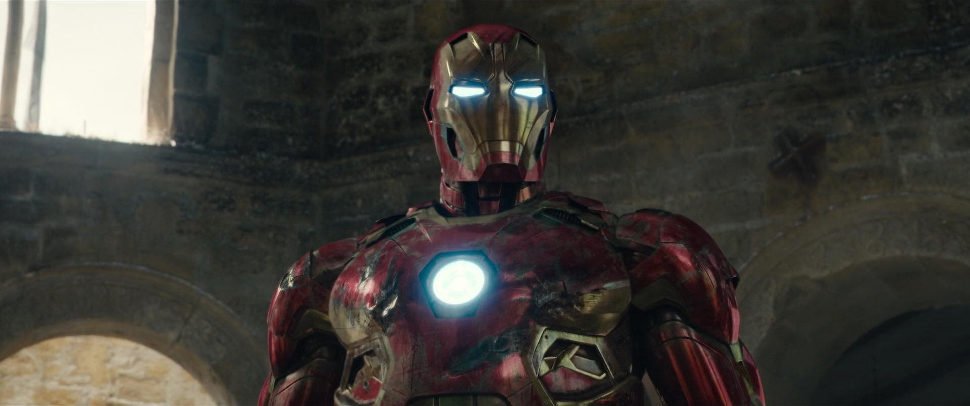 http://caps.pictures/201/5-avengers-ultron/full/age-ultron-movie-screencaps.com-13780.jpg