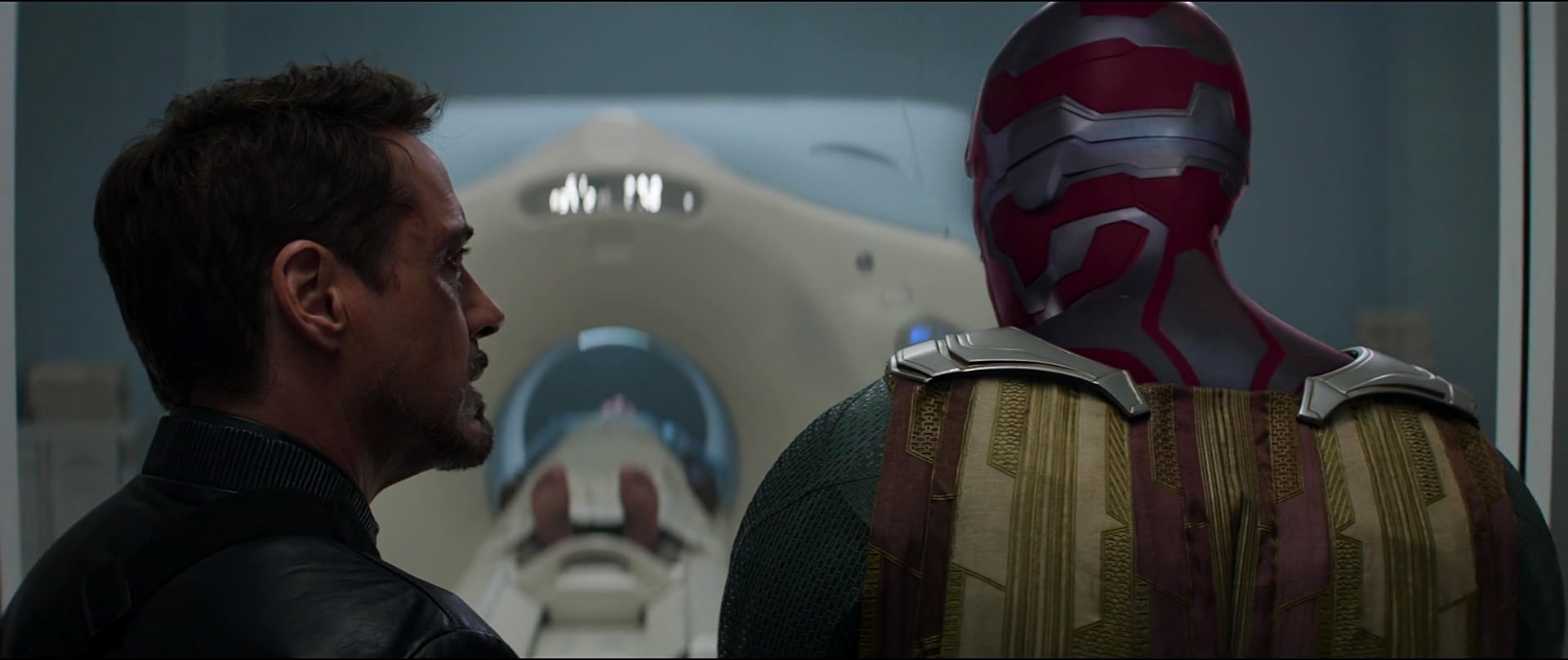 http://caps.pictures/201/6-civil-war/full/cap-civil-war-movie-screencaps.com-12794.jpg