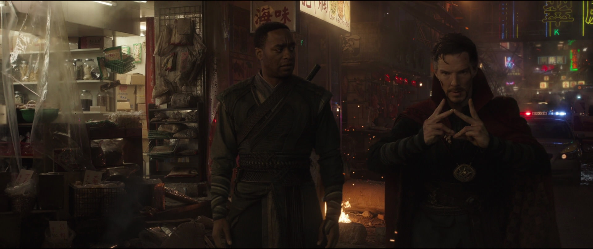 http://caps.pictures/201/6-doctorstrange/full/dr-strange-movie-screencaps.com-10888.jpg